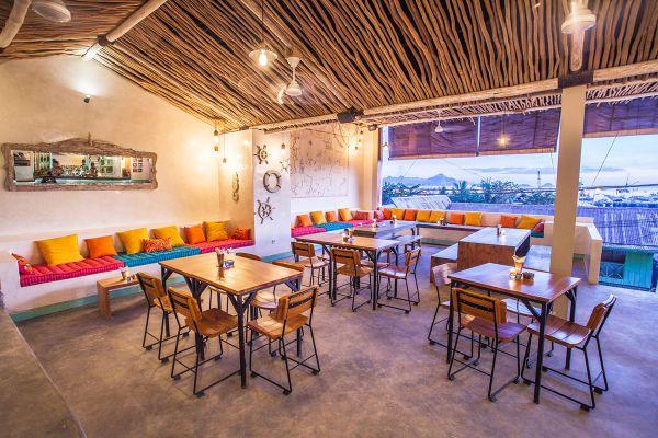 Le Pirate Restaurant Deck Labuan Bajo