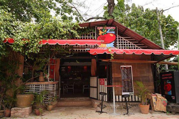 Red Tomato Restaurant