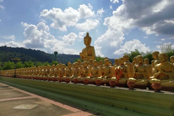 Phuttha Utthayan Makha Bucha Anusorn