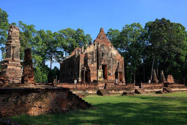 Wat Pho Prathap Chang