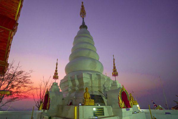 Wat Phrathat Doi Leng