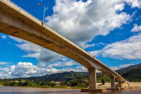 Chiang Khong - Huay Xai Friendship Bridge