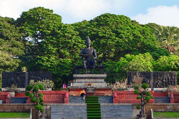 King Ramkhamhaeng Monument