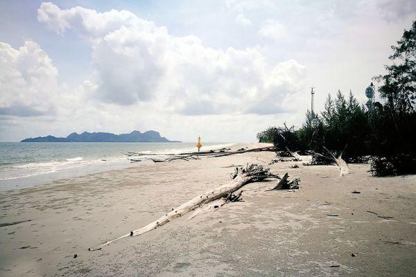 Yong Ling Beach - Hat Son