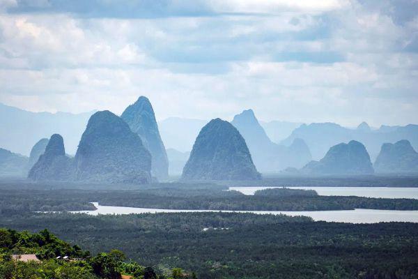 Ao Tho Li Viewpoint