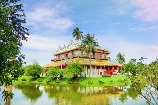 Phra Thinang Wehart Chamrun