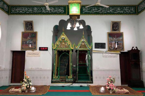 Takia Yokin Mosque