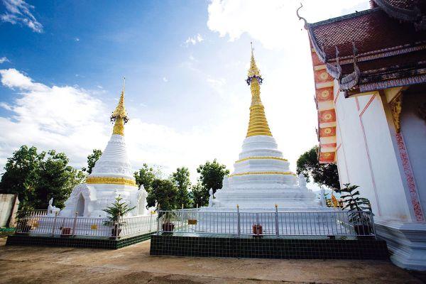 Wat Phrathat Chom Chaeng