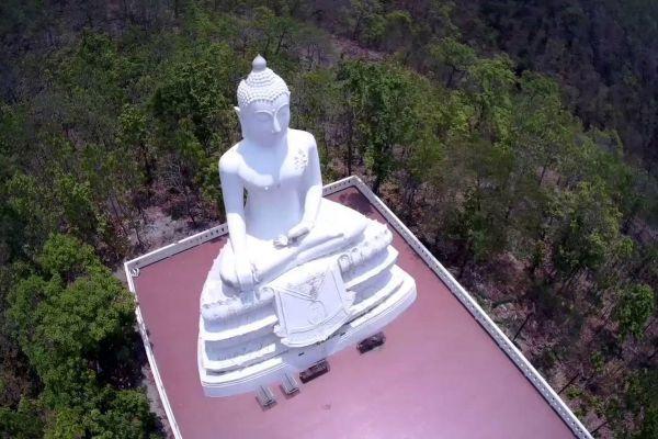 Wat Phrathat Mae Yen