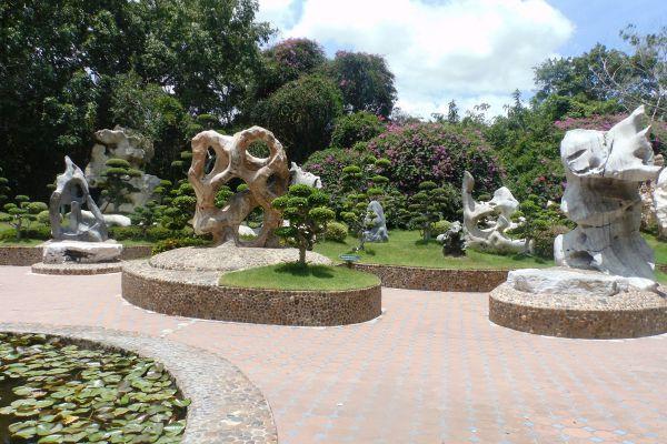 Million Years Stone Park & Pattaya Crocodile Farm