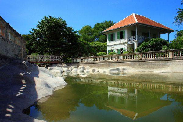 Phra Chuthathut Ratchathan Palace Museum