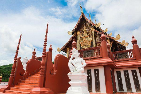 Royal Pavilion (Hor Kham Luang)