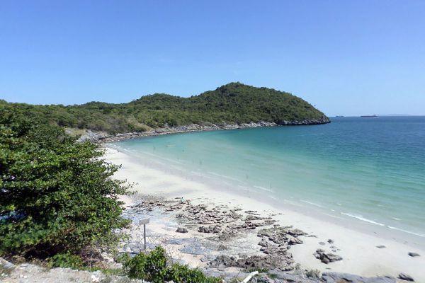 Tham Phang Beach