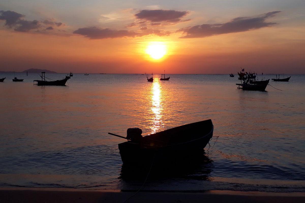 Wonnapha Beach : Chonburi Destination Attraction, Thailand