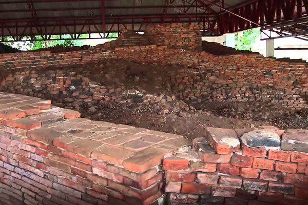 Ong Ang Ancient Building