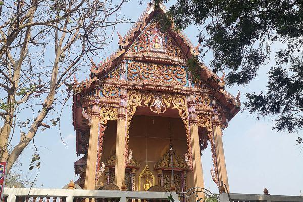 Wat Hong Pathummawat (Mon Temple)