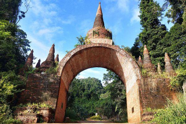 Khao Na Nai Luang Dharma Park