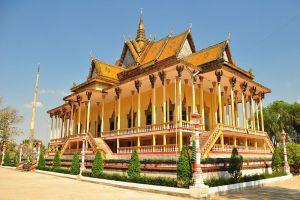 100-Column-Pagoda-Kratie-Cambodia-001.jpg