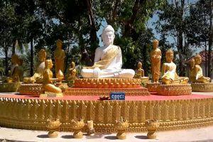 100-Column-Pagoda-Kratie-Cambodia-004.jpg