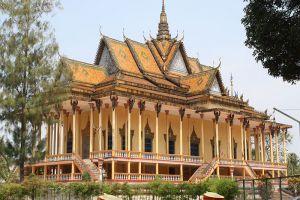 100-Column-Pagoda-Kratie-Cambodia-005.jpg