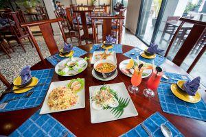 1958-Restaurant-Quang-Ninh-Vietnam-05.jpg