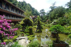 5Sam-Poh-Tong-Temple-Ipoh-Malaysia-004.jpg