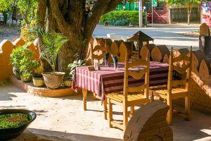 7-Sisters-Restaurant-Bagan-Mandalay-Myanmar-03.jpg