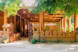 7-Sisters-Restaurant-Bagan-Mandalay-Myanmar-04.jpg