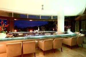 AYANA-Resort-Spa-Bali-Indonesia-Bar.jpg