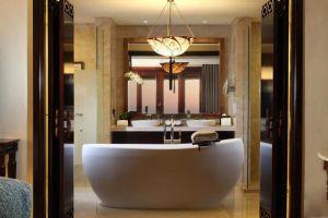 AYANA-Resort-Spa-Bali-Indonesia-Bathoom.jpg