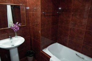 Abricole-Resort-Pattaya-Thailand-Bathroom.jpg