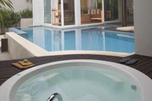 Aleenta-Resort-Phang-Nga-Thailand-Inroom-Pool.jpg