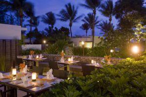 Aleenta-Resort-Phang-Nga-Thailand-Restaurant.jpg