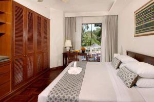Allamanda-Laguna-Phuket-Thailand-Room.jpg