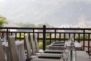 Alpina-Nalina-Resort-Spa-Phuket-Thailand-Restaurant.jpg