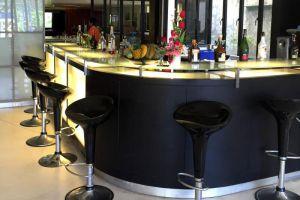Amarin-Resort-Samui-Thailand-Bar.jpg