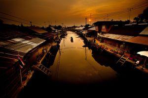 Amphawa-Floating-Market-Samut-Songkhram-Thailand-007.jpg