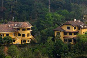 Ana-Mandara-Villas-Resort-Spa-Dalat-Vietnam-Villa.jpg