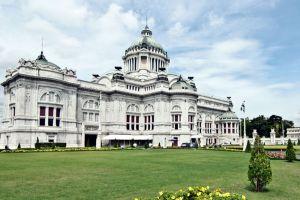 Ananta-Samakhom-Throne-Hall-Bangkok-Thailand-004.jpg