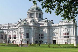 Ananta-Samakhom-Throne-Hall-Bangkok-Thailand-005.jpg