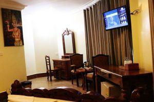Angkor-Comfort-Hotel-Battambang-Cambodia-Living-Room.jpg