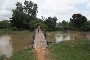Angkor-Cycling-Tour-Siem-Reap-Cambodia-03.jpg