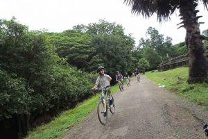 Angkor-Cycling-Tour-Siem-Reap-Cambodia-06.jpg