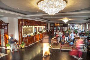 Angkor-Holiday-Hotel-Siem-Reap-Cambodia-Lobby.jpg