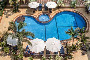 Angkor-Holiday-Hotel-Siem-Reap-Cambodia-Pool.jpg