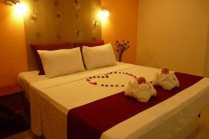 Angkor-International-Hotel-Phnom-Penh-Cambodia-Room.jpg