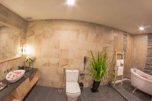 Anik-Boutique-Hotel-Spa-Phnom-Penh-Cambodia-Bathroom.jpg