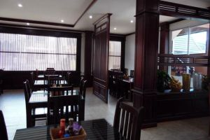 Anoulack-Khen-Lao-Hotel-Xieng-Khouang-Laos-Restaurant.jpg