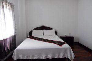 Anoulack-Khen-Lao-Hotel-Xieng-Khouang-Laos-Room.jpg