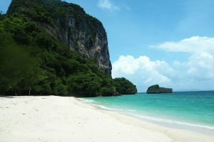 Ao-Nang-Beach-Krabi-Thailand-005.jpg